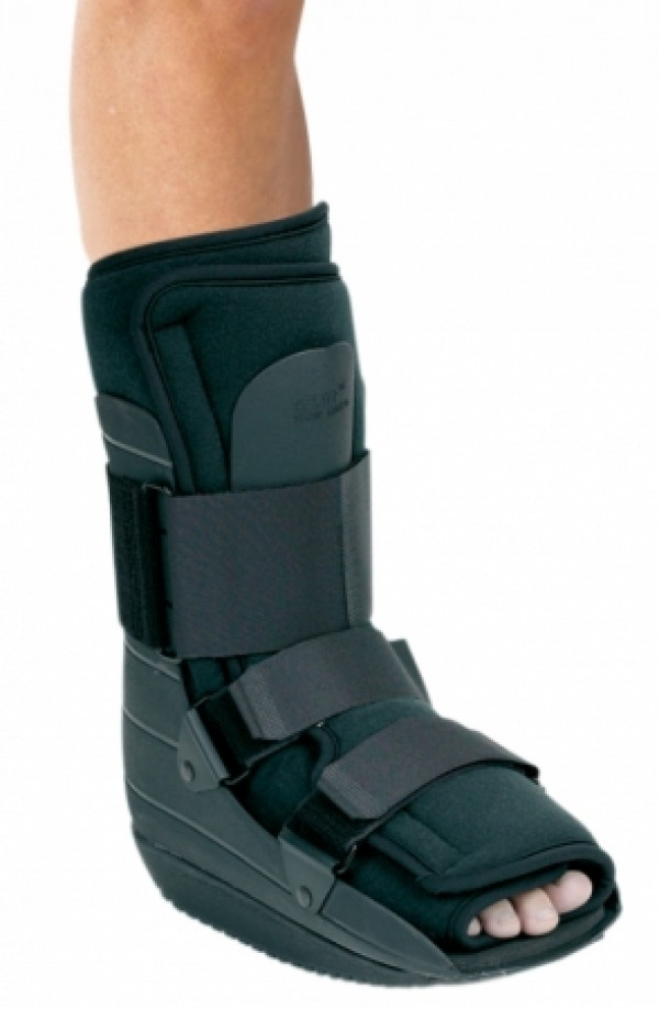 "DJ Orthopedics Nextep Ankle Walker Contour ""Shortie"", Left or Right Foot"