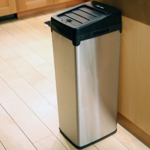 iTouchless Automatic Sensor Trashcan with Space Saving Lid