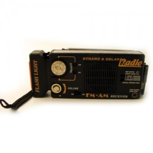 Solar/Dynamo Voyager Trek Radio w/ Flashlight