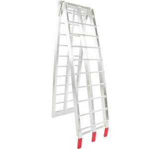 Folding Ramp with Rung Surface