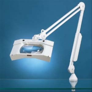 Luxo Wave Plus Magnifying Lamp
