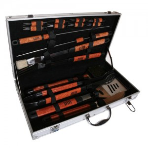 Pushette Professional 18 Piece BBQ Tool Set
