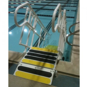 Aquatrek ADA-Tread STEP System