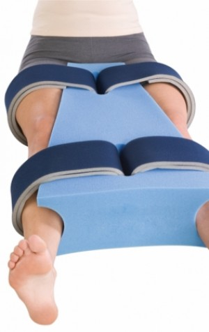 DJ Orthopedics Hip Abduction Pillow